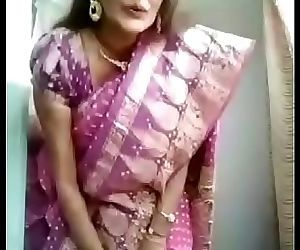 Gujrati milf bhabhi once again removing saree nd take hot selfie fully naked 3 min