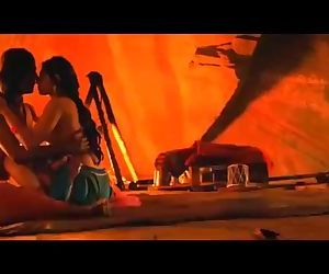 India: Leaked Sex Scene of Radhika Apte and Adil Hussain From Movie Parched