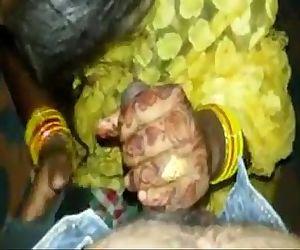 Newly Married Desi Girl Affair With Autowala - 28 sec