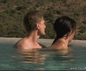 Intimate Erotic Oil Massage - 7 min