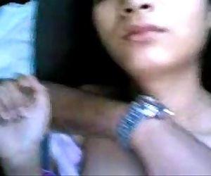 Indian Gir Sex with boyfriend in car - zeetubes.blogspot.com - 4 min