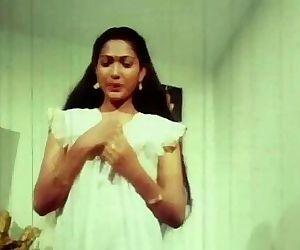 Telugu Hot Actress Hema aunty Romance in night dress earlydays - 3 min