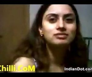 Independent Indian Call Girl in Hotel Service - 1 min 44 sec
