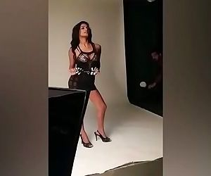 Hot Photo Shoot For Naughty Poonam Pandey - 2 min