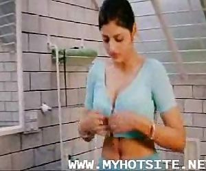 Desi Indian Erotic Scene - 12 min