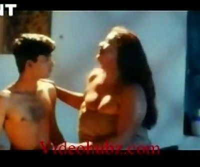 Shakeela Mallu seducing young boy - 3 min
