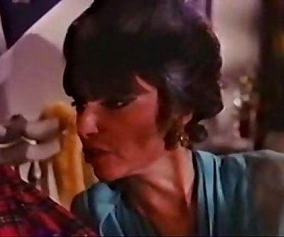 mom ne son ka choosa Hindi dubbed - 5 min