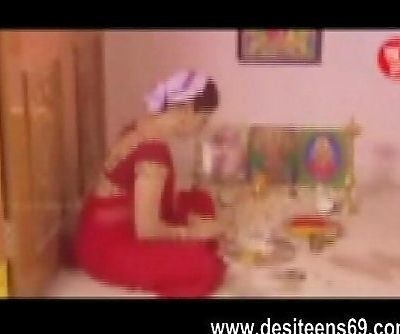 Indian Hindu Housewife Very Hot Sex Video www.desiteens69.com - 4 min