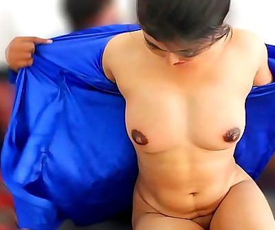 Sexy Indian Wife Midnight Sex Video 12 min 720p