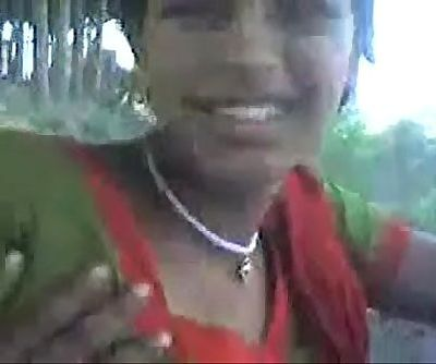 desi sangali Village Girl showing boobs to lover outdoor - 3 min