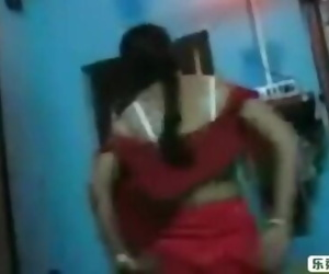 Red saree Bhabi blowjobe and saree open