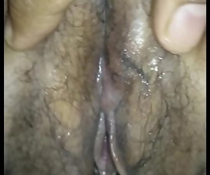 Desi Indian Slut Wife Wet Pussy Fingering by his Lover 47 sec 720p