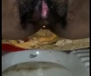 Desi girl pissing in bathroom 48 sec