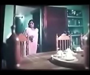Hot Desi wife nipple show 89 sec