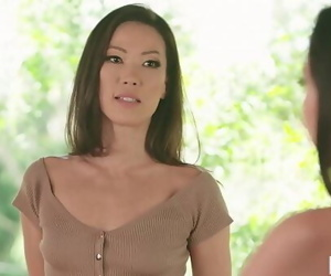 MOMMYS GIRLStepmom India Summer having lesbian sex with Karlee Grey and Kalina Ryu 6 min 1080p