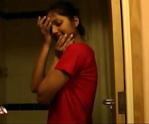 Super Hot Indian Babe Divya In ShowerIndian Porn 25 sec