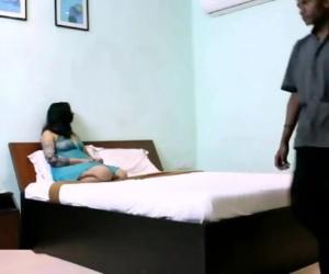 Desi wife seduce two hotel service guy