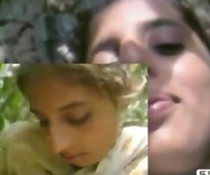 Desi girl fuck in forest