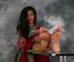 Indian Girl Feet - Sexy Girl Talks About Her Foot While Teasing You! - JOI