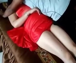 Newly Married Couple Honeymoon Video Leaked on site hotcamgirls . in