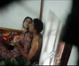 Bhai ne behn k sath ghar me akele me sex kiya -hotcamgirls .in