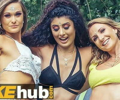 Festival Girls Fucked in the Campsite Indian British MILF Teen Threesome