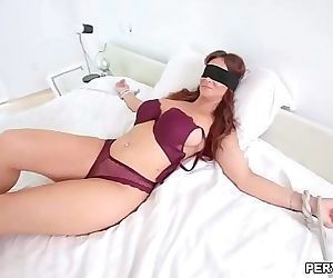 Hot MILF Syren De Mer gives an epic blowjob 7 min HD