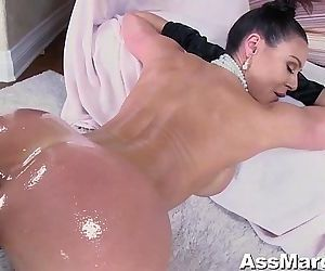 Kendra Lust Actually Breaks the Internet