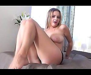 Busty Euro MILF Pleasuring Herself 5 min HD