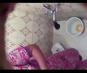Mom sister bath desi 8 min