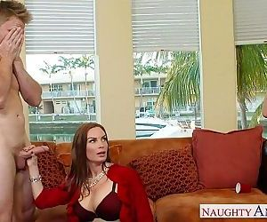 Naughty moms Diamond Foxxx and Marsha May share cock - 9 min HD