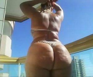 Chubby Dimple Butt - 2 min
