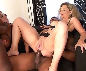 Mature moms love anal sex and to suck black cocks 10 min HD+