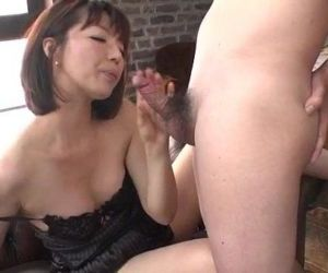 Superb solo by lingerie model Izumi Manaka - 12 min