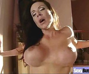Big Boobs Housewife In Hardcore Sex Scene clip-19