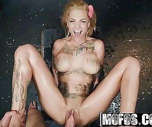 Bonnie Bonds With Her NeighborMOFOS 8 min HD