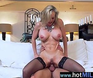 Hot Mature Lady Like And Enjoy Sex On Big Cock Stud clip-10