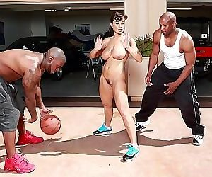 BANGBROSInterracial Love and Basketball With Big Tits MILF Lisa Ann 12 min HD+
