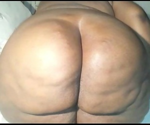 Big ebony booty twerking and fingering ass - 1 min 16 sec