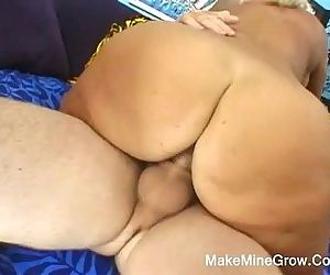 Hot MILF Claike Get Facial Cum