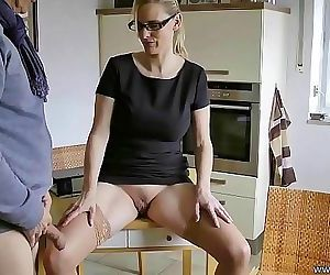 Mature Wife know what she wants 11 min HD+