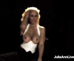 Broadway BJ MIlf Julia Ann Sucks Cigar & Cock on Stage!