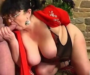 Guy Fucks BBW Mature Aunt in Stockings in the Ass