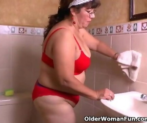 Granny Maribels Cleaning Turns into a Masturbation Fest
