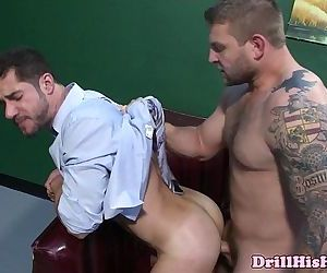 Dean Monroe pounding bottom assHD