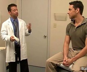 Lusty doctor gets nailed by his gay patient at workHD