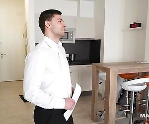 Maskurbate Straight Euro Real Estate Broker Masturbating