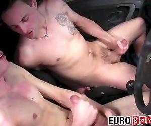 18yo mechanic sucking dick and bent over for bareback