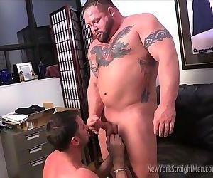Muscle Bull blowjob