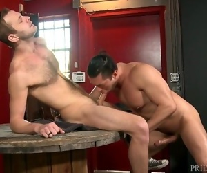 MenOver30 Big Dick Latin Hunk Daddy Rly Likes Skinny Hairy Boys